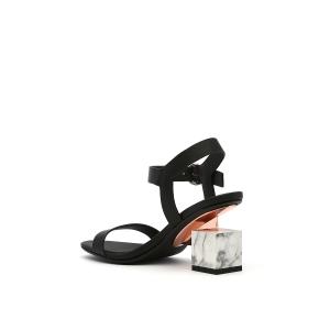 Cube Sandal Mid Black